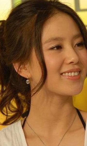 《步步惊心》刘诗诗擅用发型变甜美!