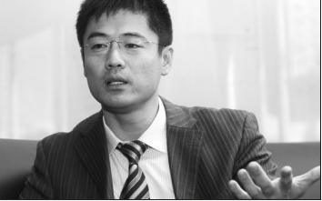 崔修滨表示唤醒良知需要每个人的努力 蔡敏强 摄