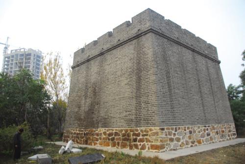 市级文物保护单位四方台烽火台