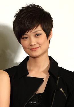 李宇春短发发型图片 个性范十足图片