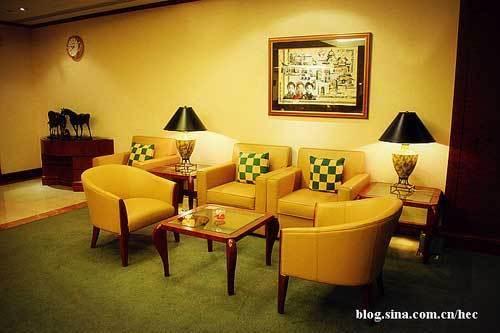 超大贵宾休息室沿袭了阿航全球航线一贯的奢华尊贵