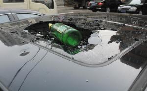 完好无损的啤酒瓶子。记者 王士俊 摄