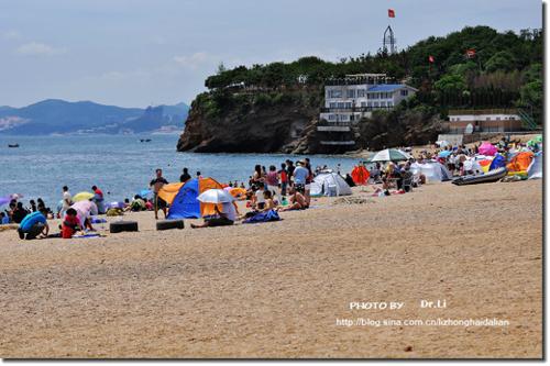 海滩比基尼