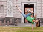 实拍圣彼得堡街头的舞者