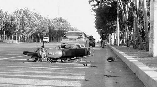 车祸现场 摄影 沈生