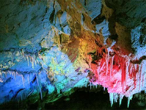 石花洞(北京西山)