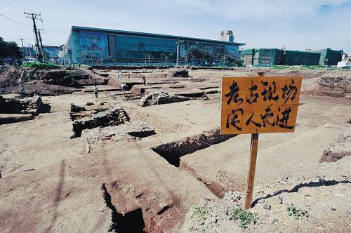 汗王宫和豫亲王府考古现场。摄影 孙海
