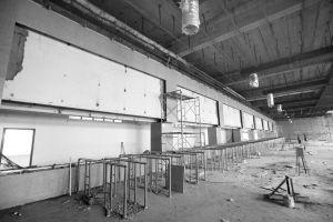 售票处二楼内部改造 记者 王舜天 摄