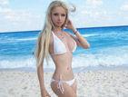 乌克兰真人芭比瓦莱里娅-露可安诺娃