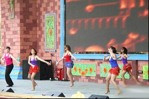 来自巴西的桑巴舞表演!