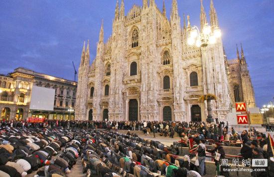 米兰主教教堂:650亿英镑