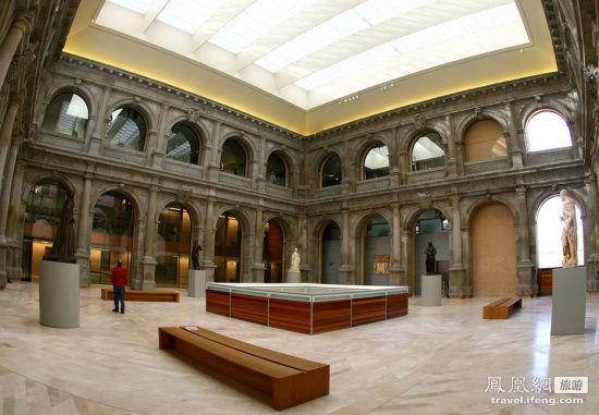 马德里普拉多美术馆:460亿英镑