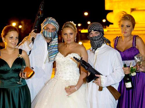绑架新娘现场