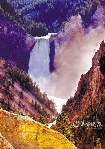 美国黄石国家公园的大峡谷和瀑布 申宏 摄
