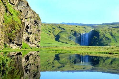 skougafoss瀑布。冰岛南部。