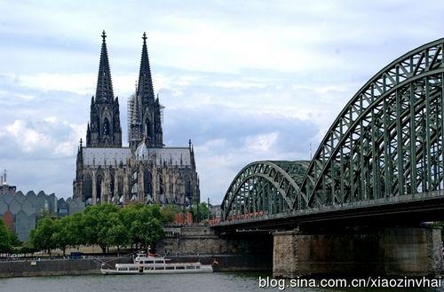 新浪旅游配图:莱茵河畔 摄影:小资女孩