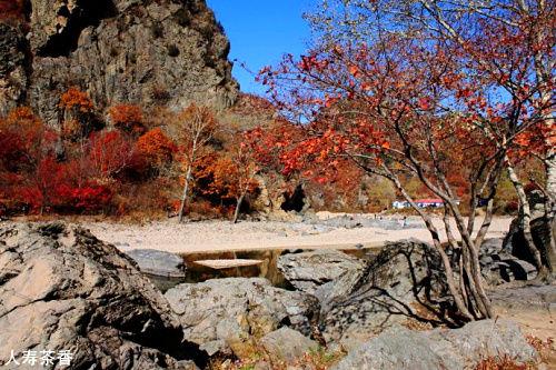 本溪湖里村