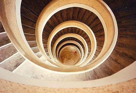 新加坡宝塔旋梯