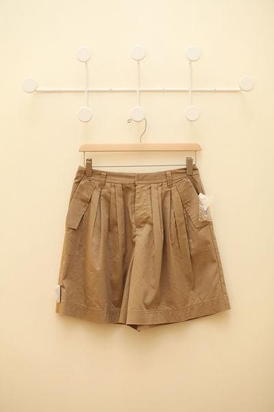米色裤裙 299元