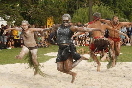 """澳大利亚一些原始土居部落那里的""""处女禁忌""""现象"""