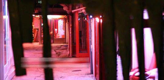 暗访韩国红灯区风尘女私密生活