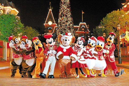 迪士尼家族齐贺圣诞 香港迪士尼乐园供图