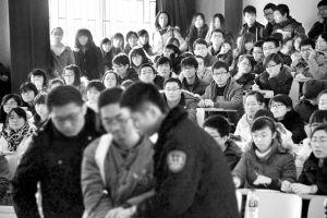 皇姑区人民法院当庭判方小明缓刑。记者 王舜天 摄