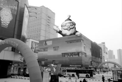 圣诞老人充气模型效果图。