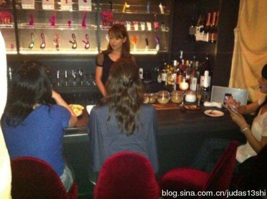 日本开全球首家女性自慰酒吧