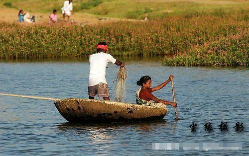 南印度小镇亨皮(点击更多高清美图)