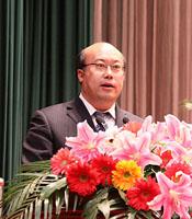 王正谱当选辽阳市长