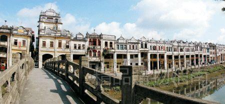赤坎古镇保存完好,是很多摄制组的挚爱。《一代宗师》等在此拍摄。