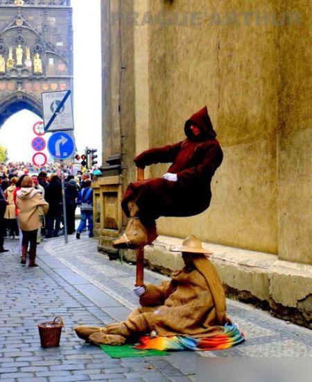 捷克街头艺术家