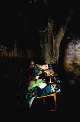 海南村落里的木偶戏。
