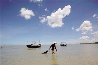 海南的碧海蓝天美景。
