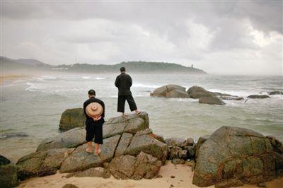 海南的海湾除了繁华和喧嚣,还有淳朴、静谧。