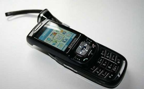 手机模型成炫富神器