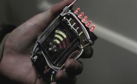 侦测静电的 EMF 侦测器