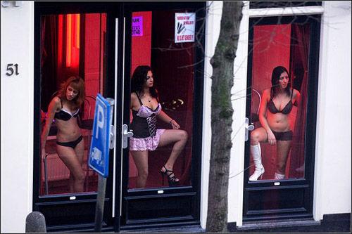 去欧洲最开放的城市阿姆斯特丹看橱窗女郎