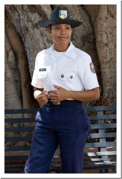 多米尼加共和国警花