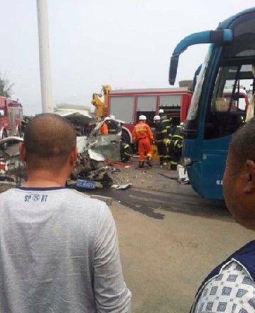 本溪发生车祸,车祸现场。图片来源于网络