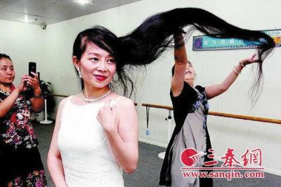 李梦露的长发留了35年