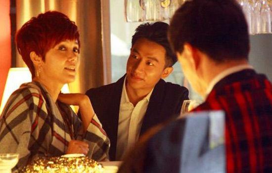蒋雯丽黄轩曾在电视剧《女人帮》中扮演姐弟恋