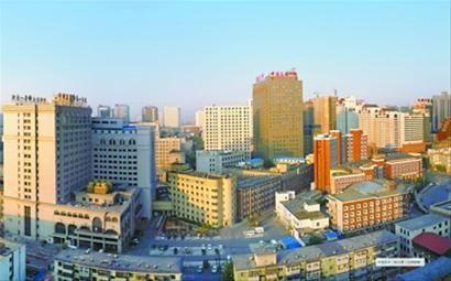 中国医科大学老校区建筑群被认定为沈阳首批历史建筑。 资料片