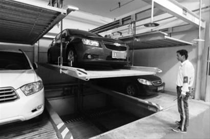 18日起,沈阳首座公共地下立体停车场运营,将大大缓解附近停车难的问题。 北国网、辽沈晚报记者 吴 怀 宇摄