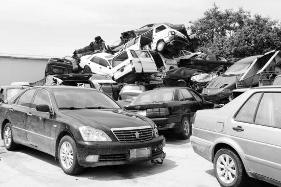 近期瓦房店交通事故频发,仅交通肇事顶替案就达7起。
