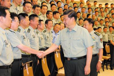 8月29日下午,中共中央总书记、国家主席、中央军委主席习近平接见驻沈阳部队师以上干部。新华社记者李刚摄