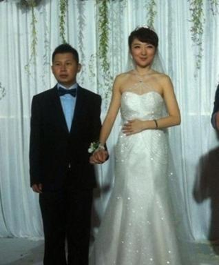 何云伟与新娘