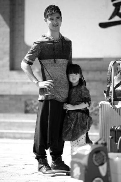 田亮和女儿田雨橙