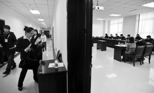 能进面试就是赢了一半(资料图片) 摄影记者 王勇